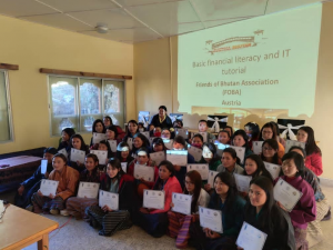 Diplome für die TeilnehmerInnen