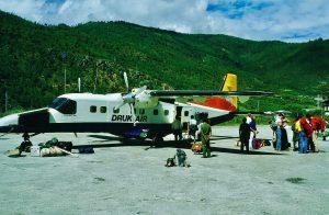 Dornier Turbojet, Druk Air, 1985, Landing in Paro